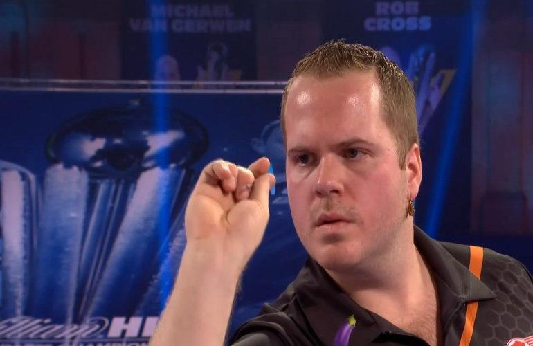 Van Duijvenbode verliest in halve finale