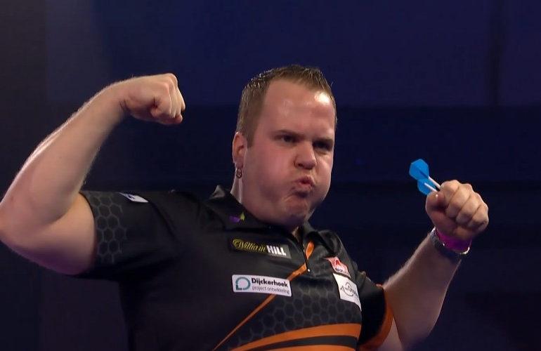 Dirk van Duijvenbode wint Players Championship 11