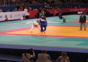 Geke van den Berg wint brons in Tbilisi