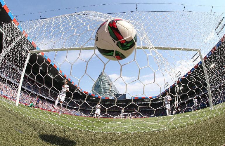 Oefenwedstrijden Ajax, Feyenoord en PSV via een live stream
