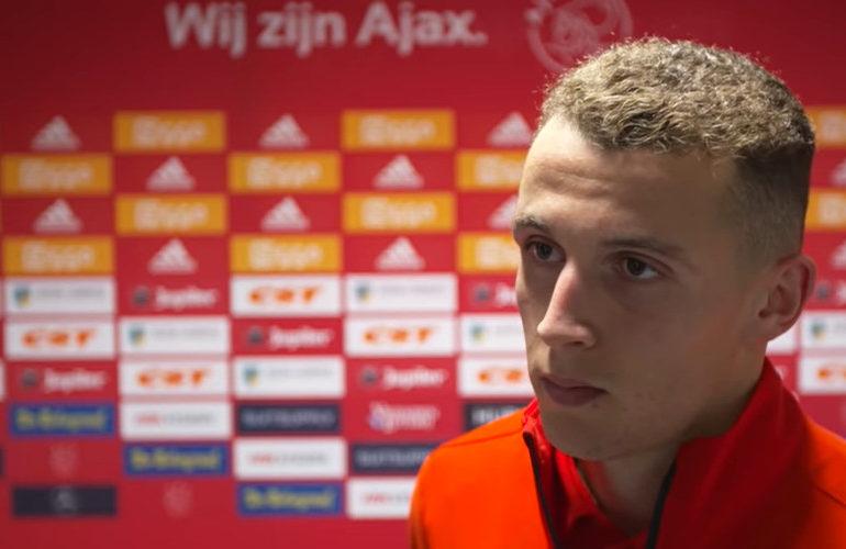 'Ajax versterkt zich met vleugelspits Oussama Idrissi'