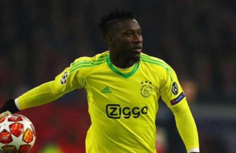 Ajax doelman André Onana voor 12 maanden geschorst