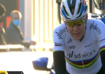 Anna van der Breggen wint Omloop het Nieuwsblad