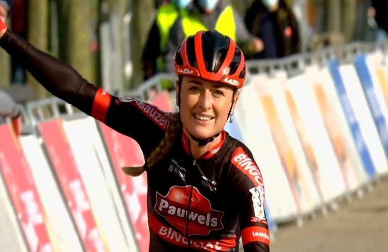 Denise Betsema de sterkste in de Waaslandcross