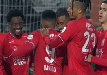Geen winnaar bij derby Heracles - Twente