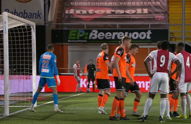 FC Volendam slaat in blessuretijd hard toe