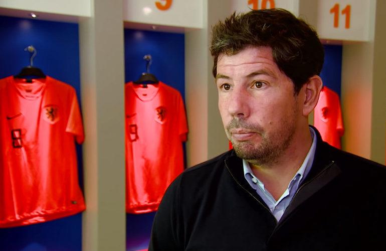 KNVB wil verder met bondscoach van de Looi
