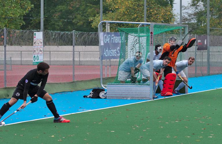 Bram Huijbregts verruilt Oranje-Rood voor Amsterdam
