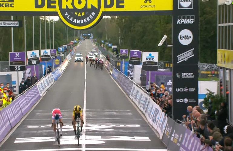 Zo won van der Poel de Ronde van Vlaanderen van 2020