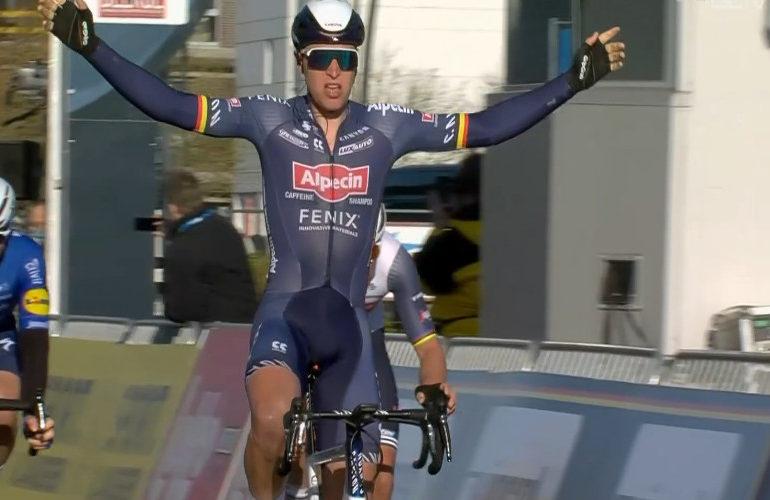 Tim Merlier wint Bredene Koksijde Classic 2021