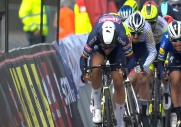 Tim Merlier sprint naar winst in GP Monseré