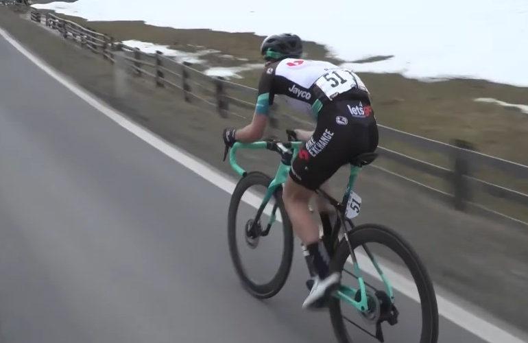 Dubbelslag voor Simon Yates in Ronde van de Alpen