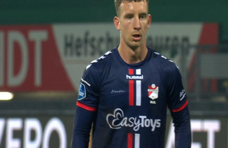 Bijl bezorgt FC Emmen drie punten in Sittard