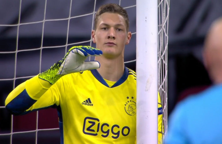 Ajax thuis onderuit tegen AS Roma