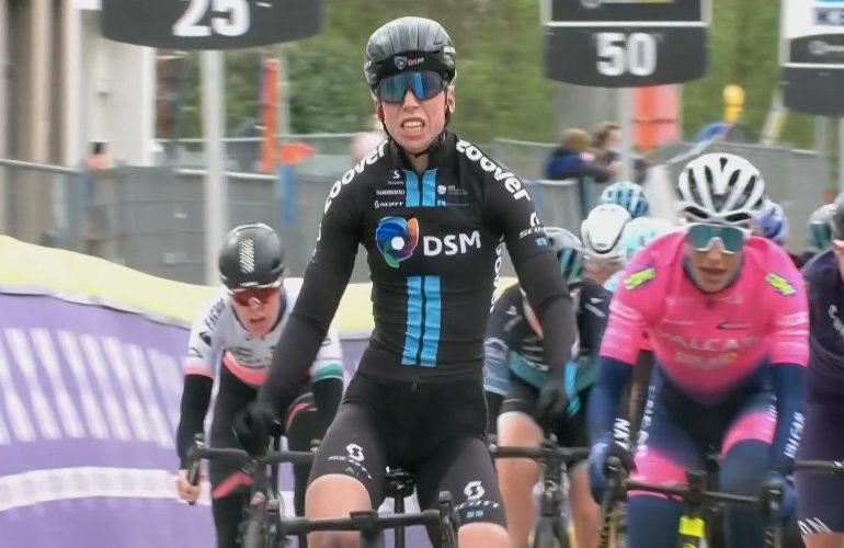 Lorena Wiebes pakt leiderstrui in Ronde van België