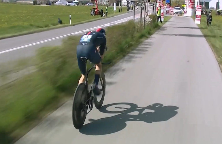 Roan Dennis wint proloog Ronde van Romandië