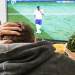 Voetbal op tv (Foto Pixabay)