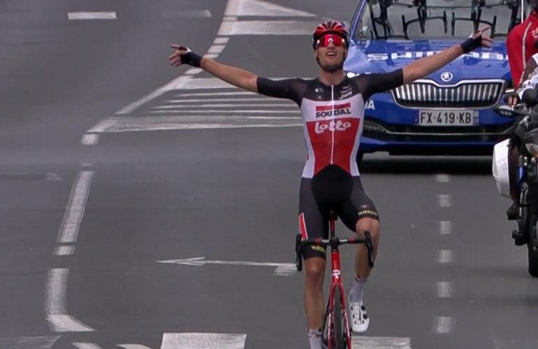 Brent van Moer wint eerste etappe in de Dauphiné
