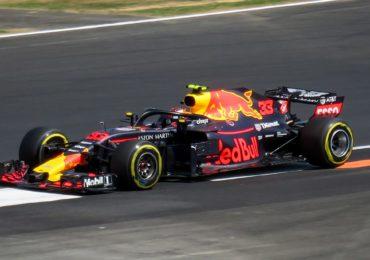 Verstappen klokt vierde tijd in Monaco