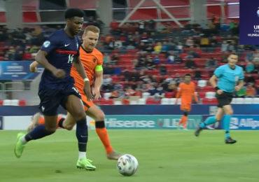 Boadu schiet Nederland naar halve finale EK