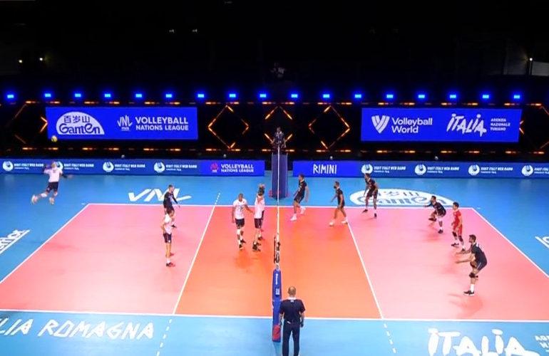 Volleyballers ook onderuit tegen Iran