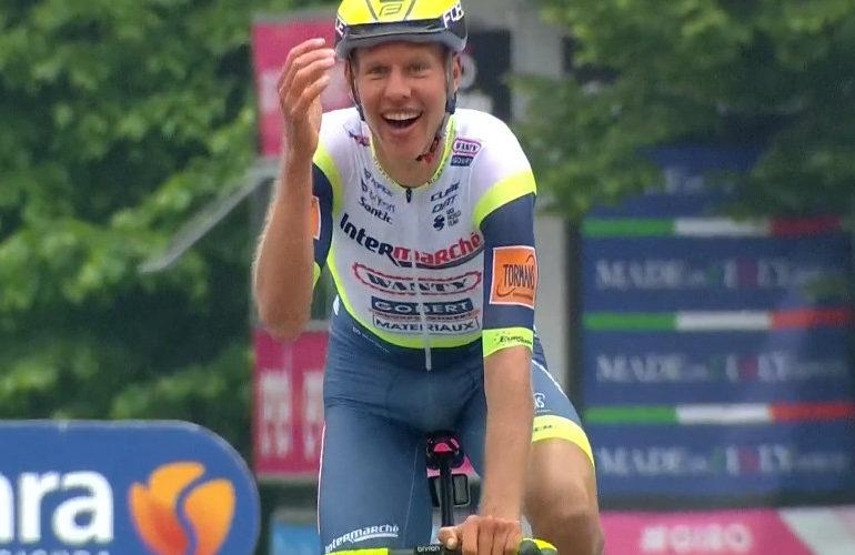 Wowww Taco van der Hoorn wint 3e etappe in de Giro