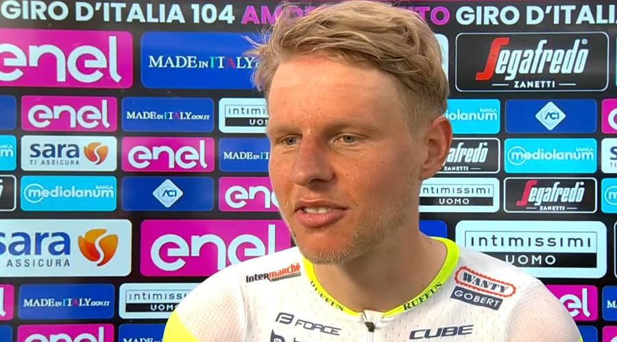 Taco van der Hoorn wint 3e etappe in de Giro