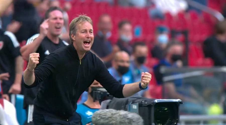 Denemarken via Wales naar kwartfinale van het EK
