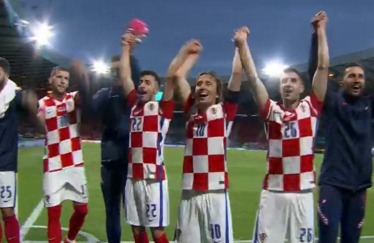Kroaten bereiken achtste finale van het EK