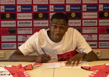 Leonel Miguel tekent contract bij FC Emmen