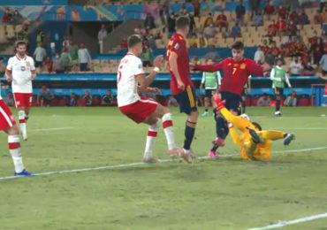 Polen vecht zich naar punt tegen Spanje