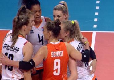 Volleybalsters rollen Canada op in Rimini