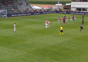Ajax speelt gelijk tegen RB Leipzig