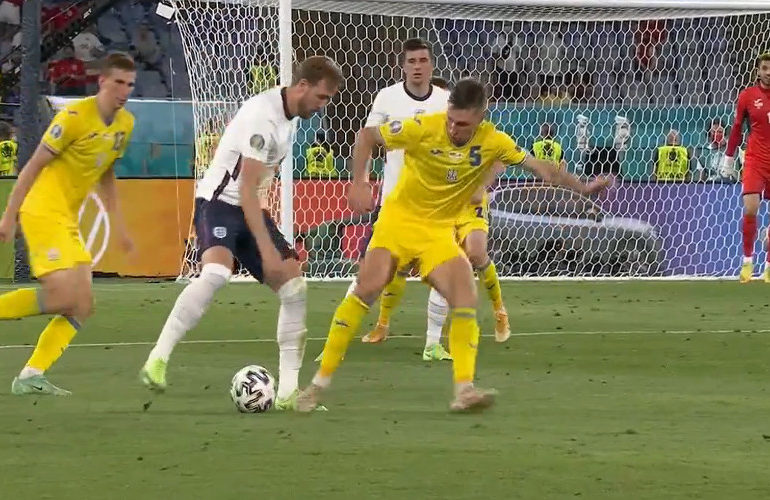 Engeland dendert door naar halve finale EK