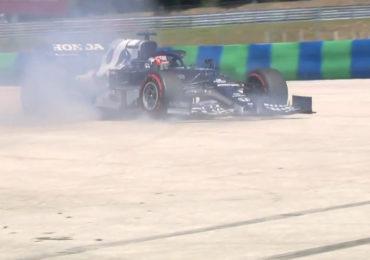 Verstappen snel, Tsunoda crasht