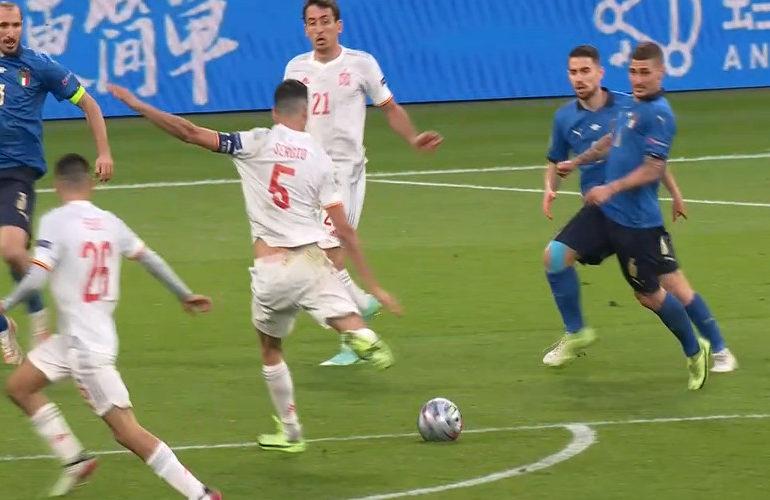 Italië na strafschoppen langs Spanje