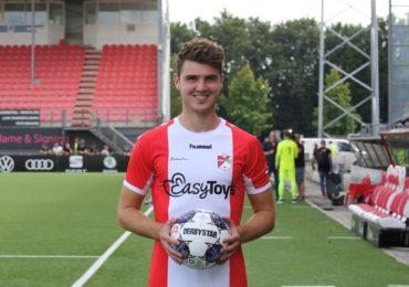 Jari Vlak verlengt contract bij FC Emmen