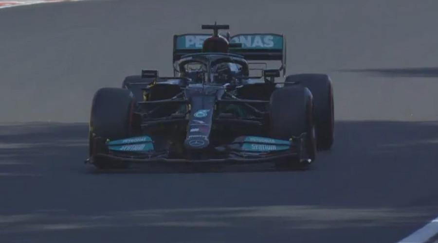 Lewis Hamilton naar pole in Hongarije