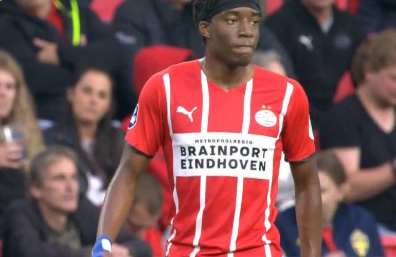 PSV rolt Galatasaray met 5-1 op in Eindhoven