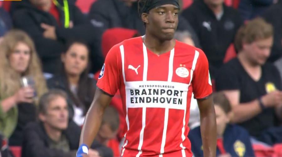 PSV Noni Madueke