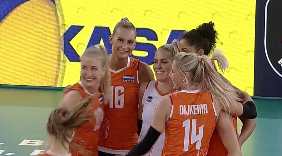 Volleybalsters winnen ook tweede duel op EK
