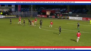 Jong AZ weer koploper na overwinning op De Graafschap