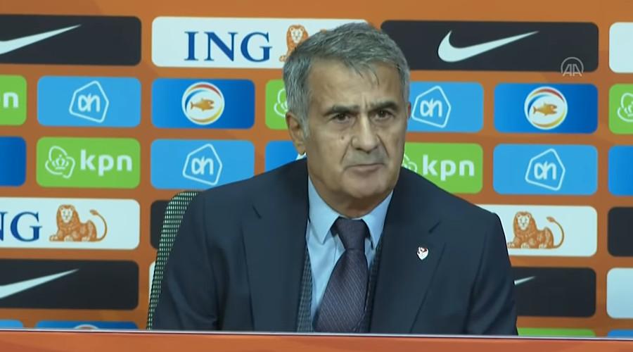Senol Günes stapt op als bondscoach van Turkije